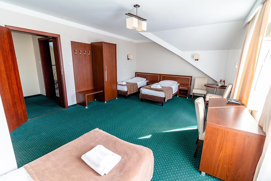 Hotel Lotos 11