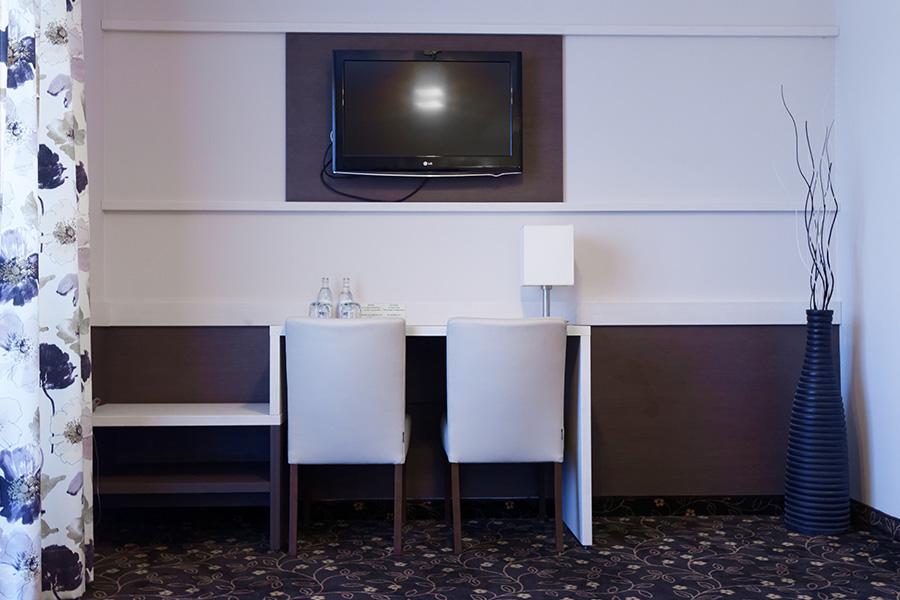 Hotel Lotos 18