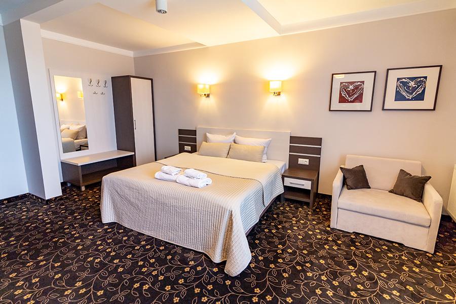 Hotel Lotos 6